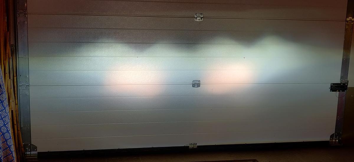 ЛЕД Линзы + Галоген 2х100Ватт Дальний.jpg